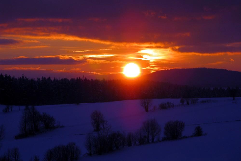 Traumhafter Sonnenuntergang im Bayerischen Wald