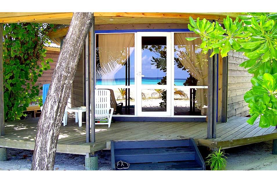 traumhaus am meer foto bild landschaft meer strand. Black Bedroom Furniture Sets. Home Design Ideas