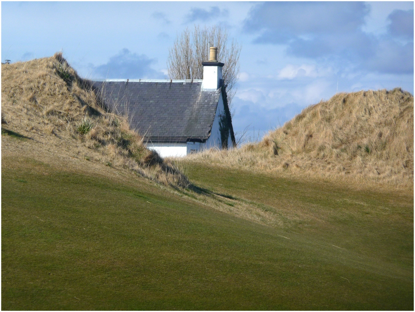 """Traumhaus"" an der Bahn 5 des Castle Course in St. Andrews"