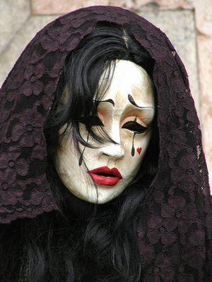 Traurige Lady in Black