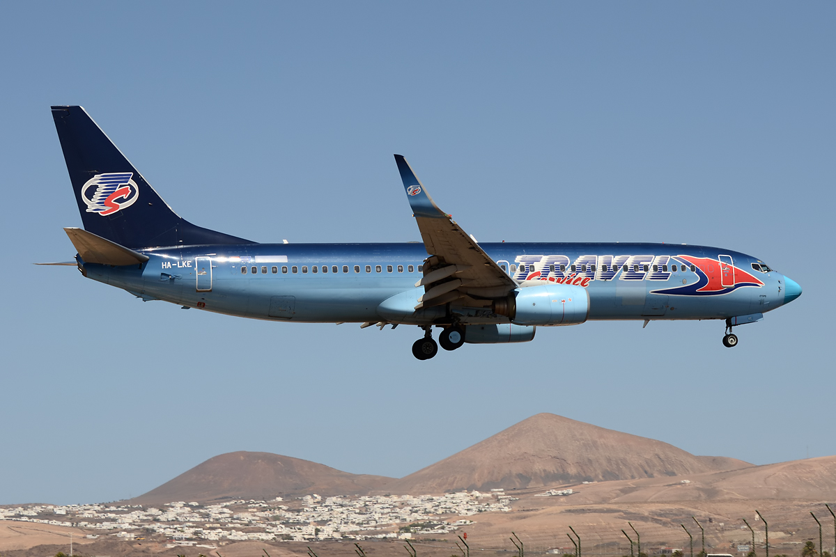 Travel Service 737 im Endanflug auf Lanzarote