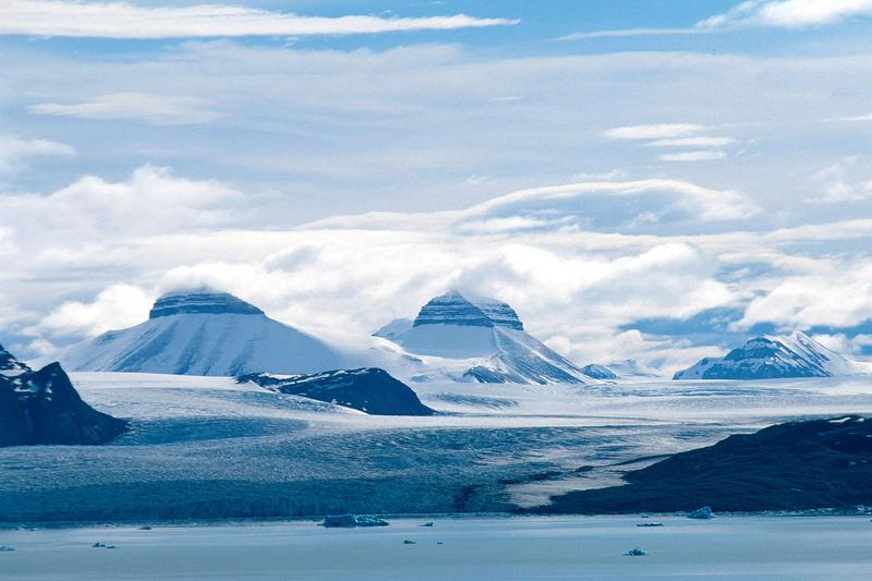 Tre Kroner, Kongsfjord