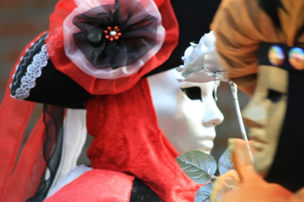 Treffen der Masken