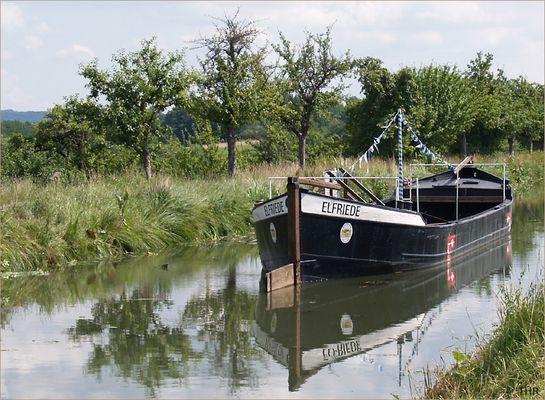 Treidelschiff Elfriede