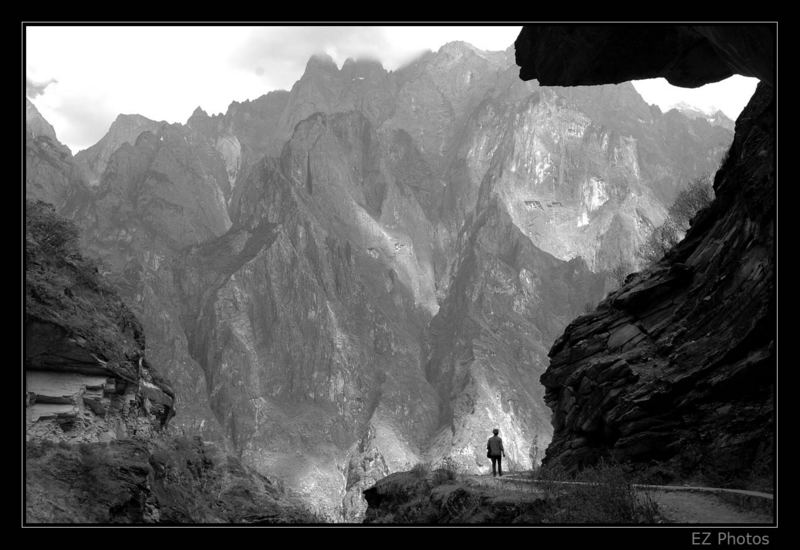 Trekking in the Leaping Tiger Gorge