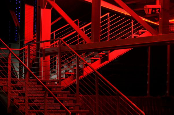 Treppe ins rot
