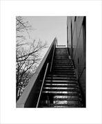 Treppe mit Durch und Aussicht