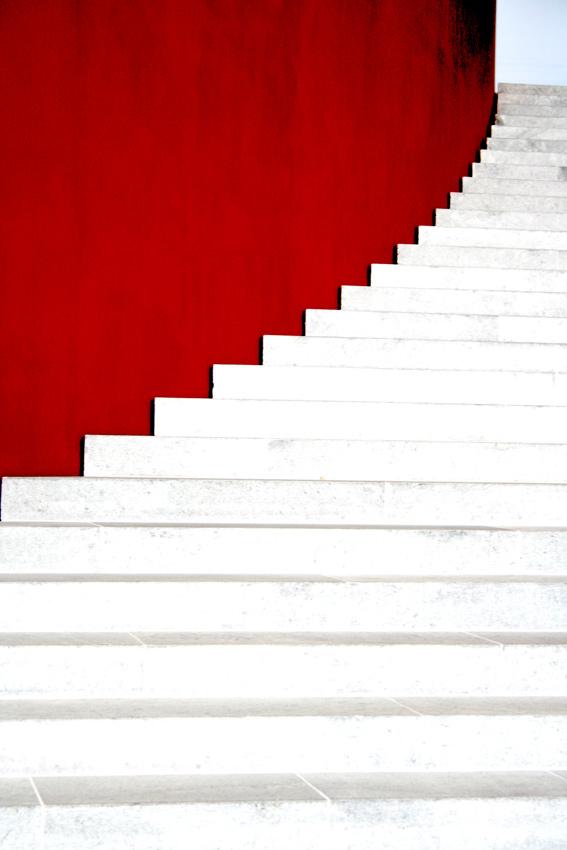 Treppe mit Kunst