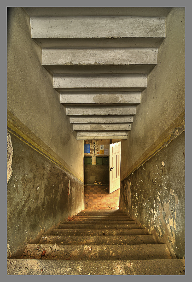 Treppe umgekehrt HDR