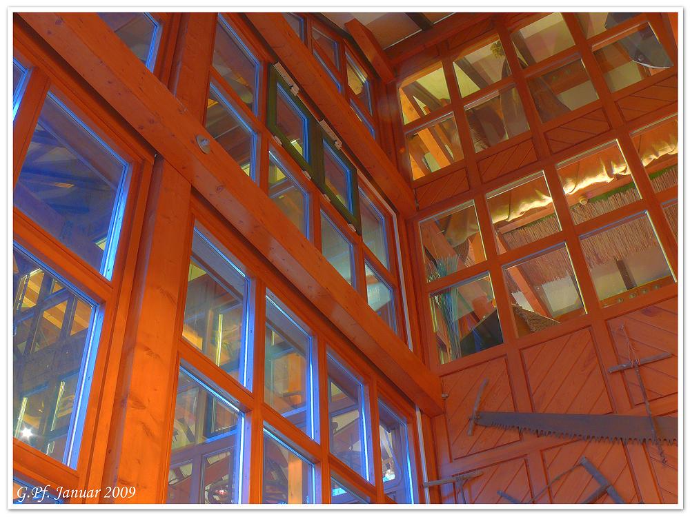 Treppenaufgang im Schloßrestaurant vom Auerbacher Schloß HDR