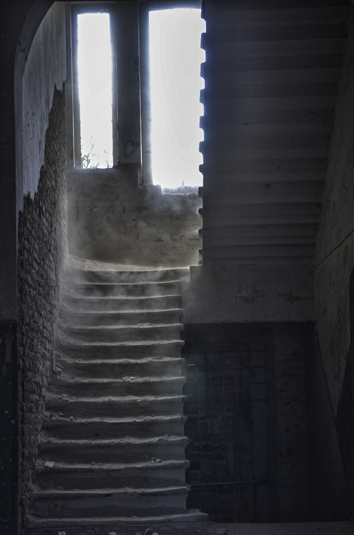 Treppenaufgang in alter Spukvilla
