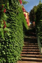 Treppenaufgang zur Kirche