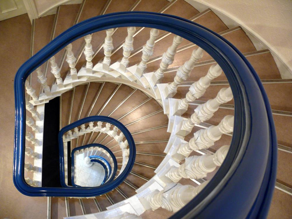 Treppenhaus 2 foto bild architektur stadtlandschaft historisches bilder auf fotocommunity - Gestaltung treppenhaus bilder ...