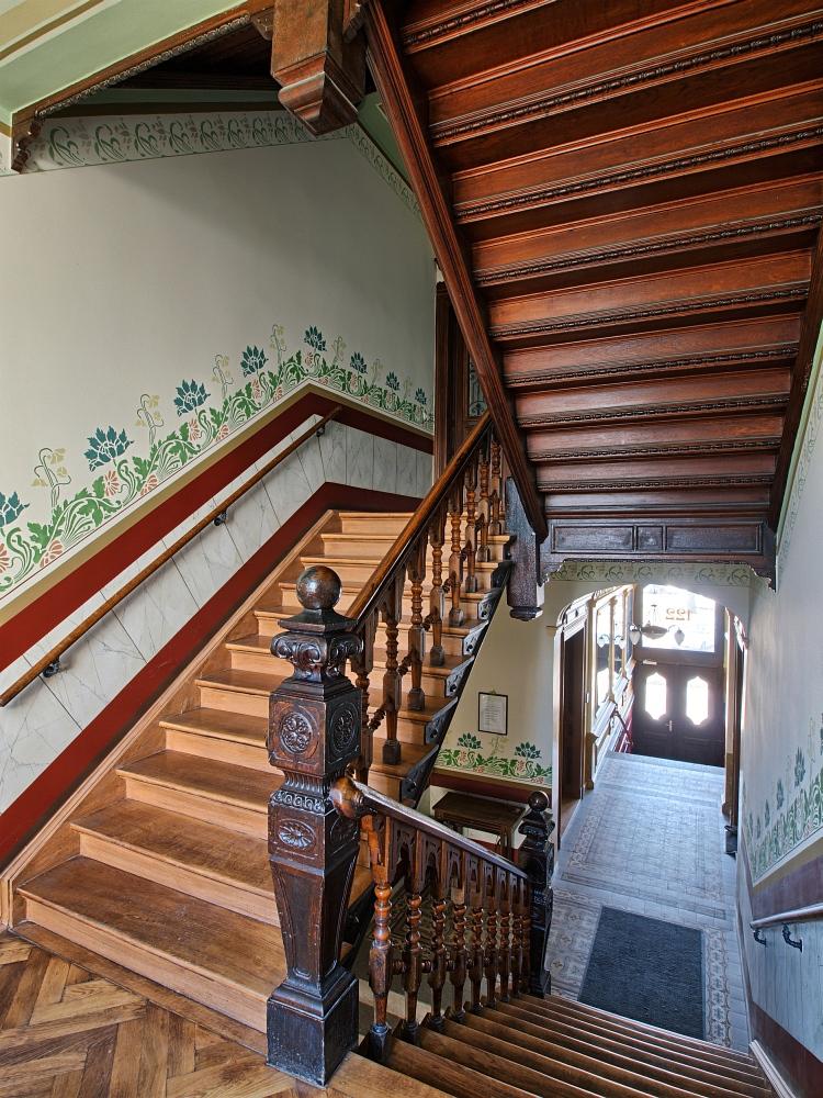treppenhaus im jugendstil gr nderstil foto bild architektur stilepochen jugendstil um 1900. Black Bedroom Furniture Sets. Home Design Ideas