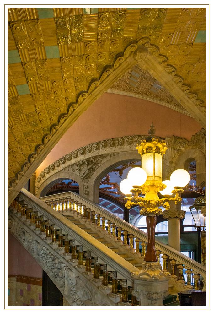 Treppenhaus im Palau de la Música Catalana