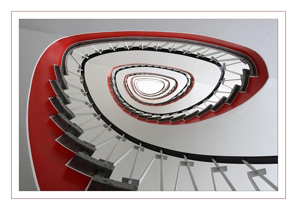 Treppenhaus in rot