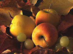 Tres manzanas y algo mas