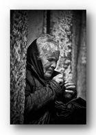 .....Tres vieille dame ( Portugal ).....