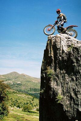 Trial,  Wandern in den Pyrenäen