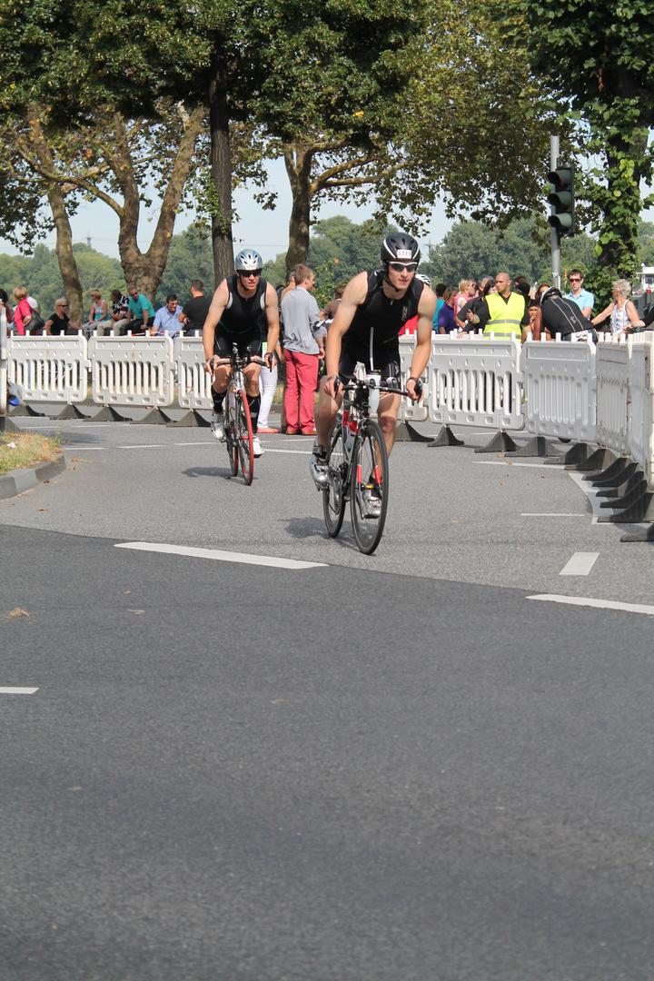 TriCologne Teilnehmer Radfahren