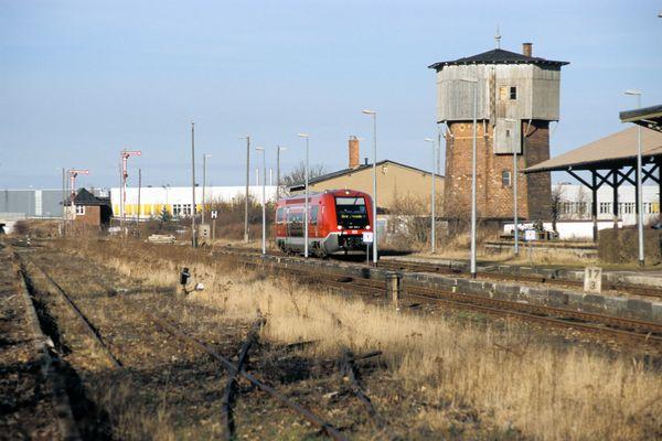 Triebwagen in Ohrdruf (KBS 572)