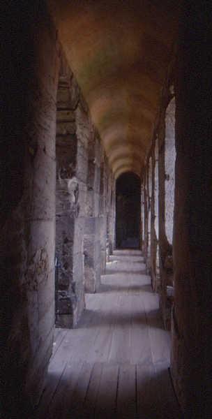 Trier: Wehrgang in der Porta Nigra