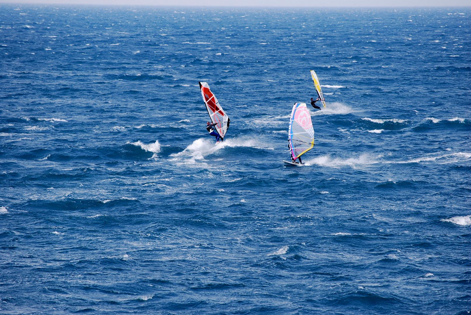 Trio dans le vent