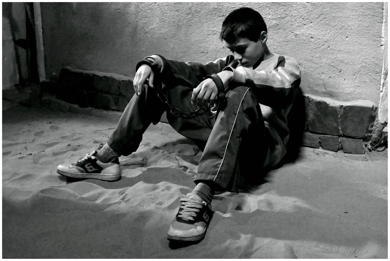 Triste photo et image personnes images en noir et blanc - Image triste noir et blanc ...