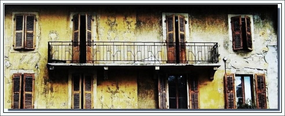 triste balcon !!!