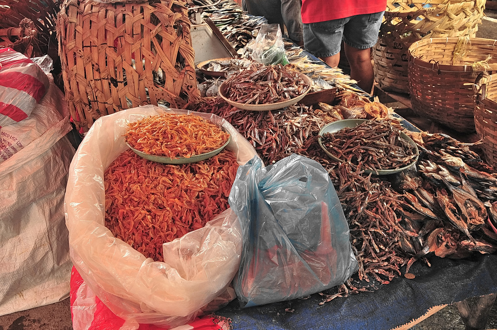 """ Trockenfisch und Srimps "" , Ibajay Markt - Aklan - Panay 2009"