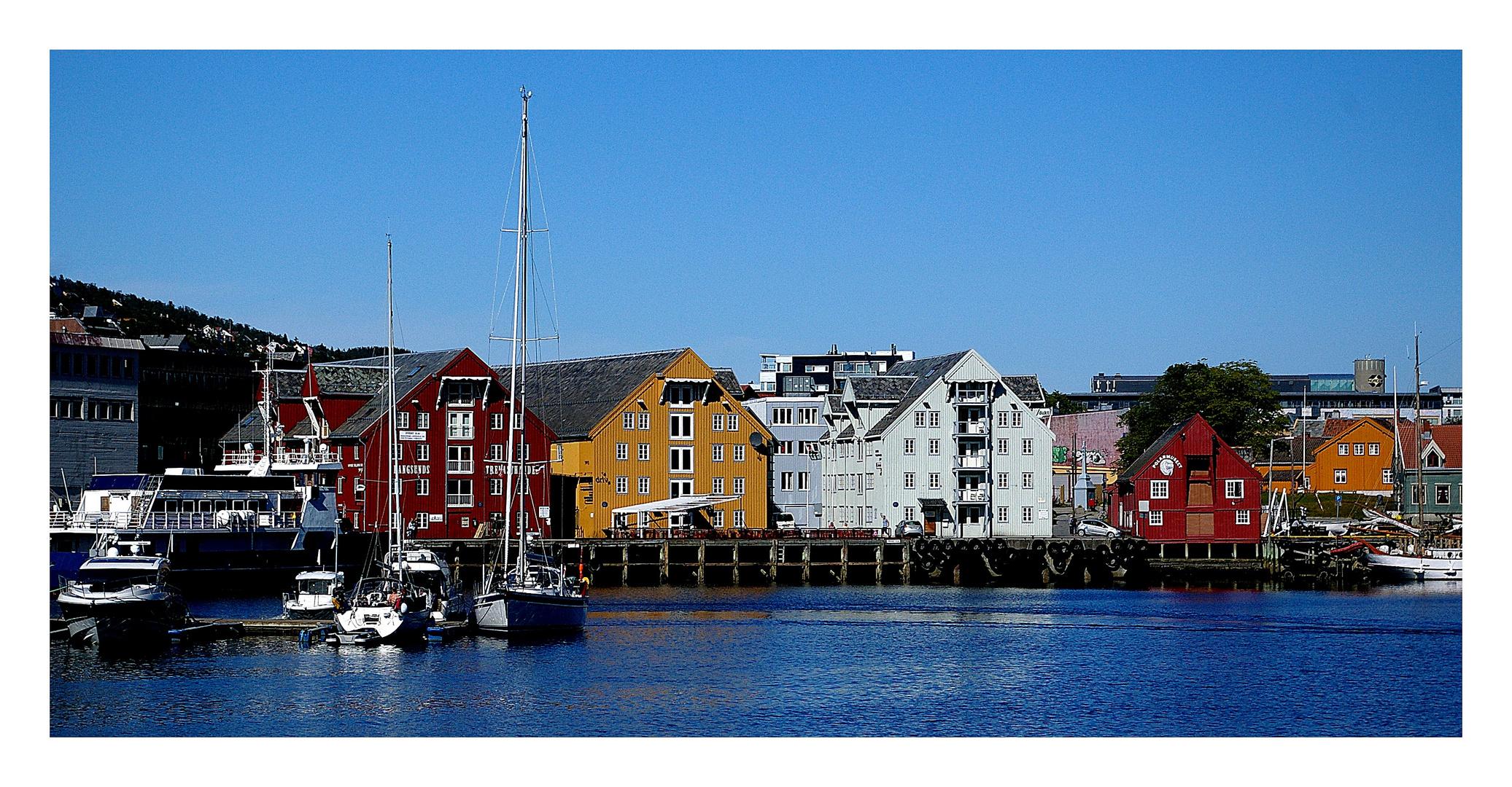 Tromsø- Blauer Himmel garantiert
