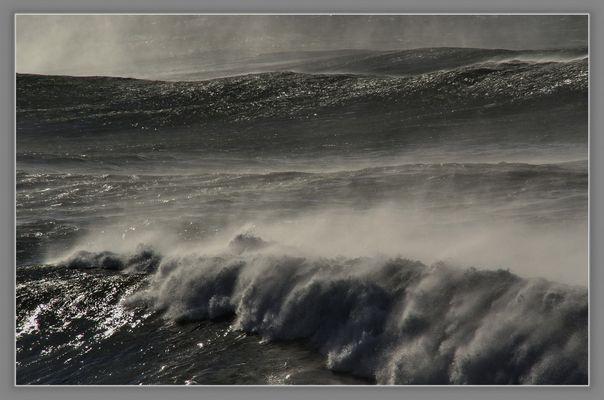 Tropensturm auf Sao Miguel , Azoren....... der Atlantik brüllt.........