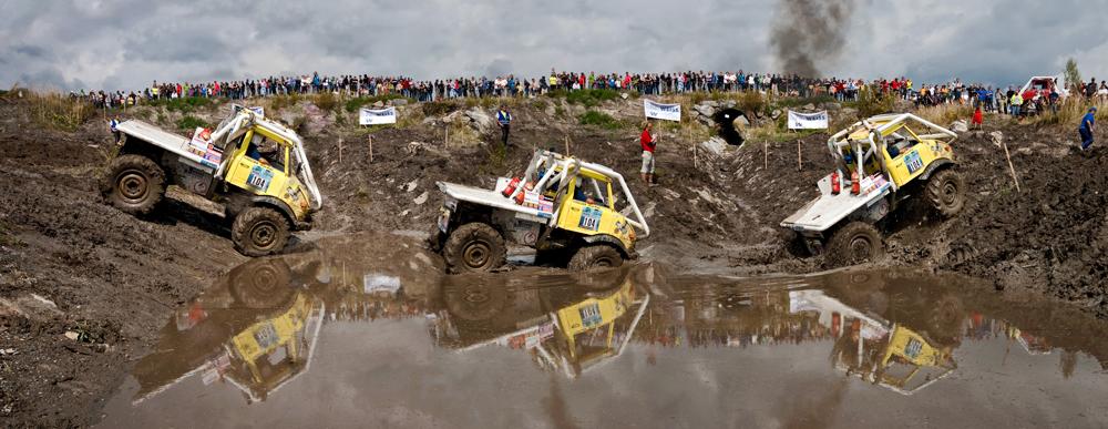 Truck beim Durchqueren eines Schlammsees in 3 Phasen!