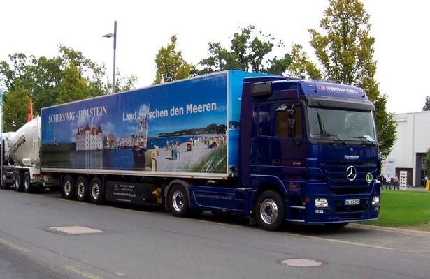 Truck mit Sonderbemalung