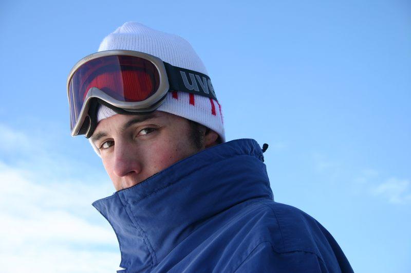 Tscheche beim snowboarden