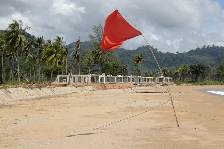 Tsunami 9 Monate danach