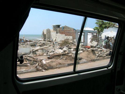 tsunami (sri lanka)