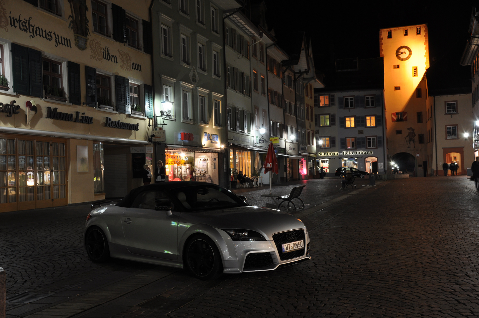 TT by Night 1