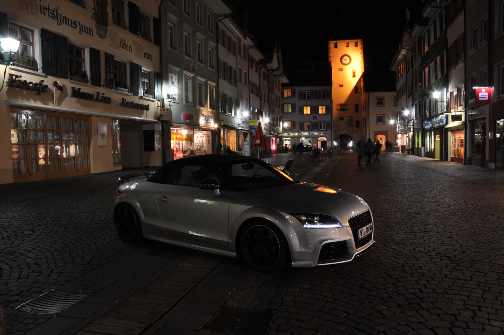 TT by Night 3