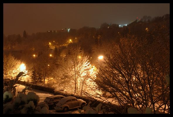 Tübingen bei Nacht und Schnee