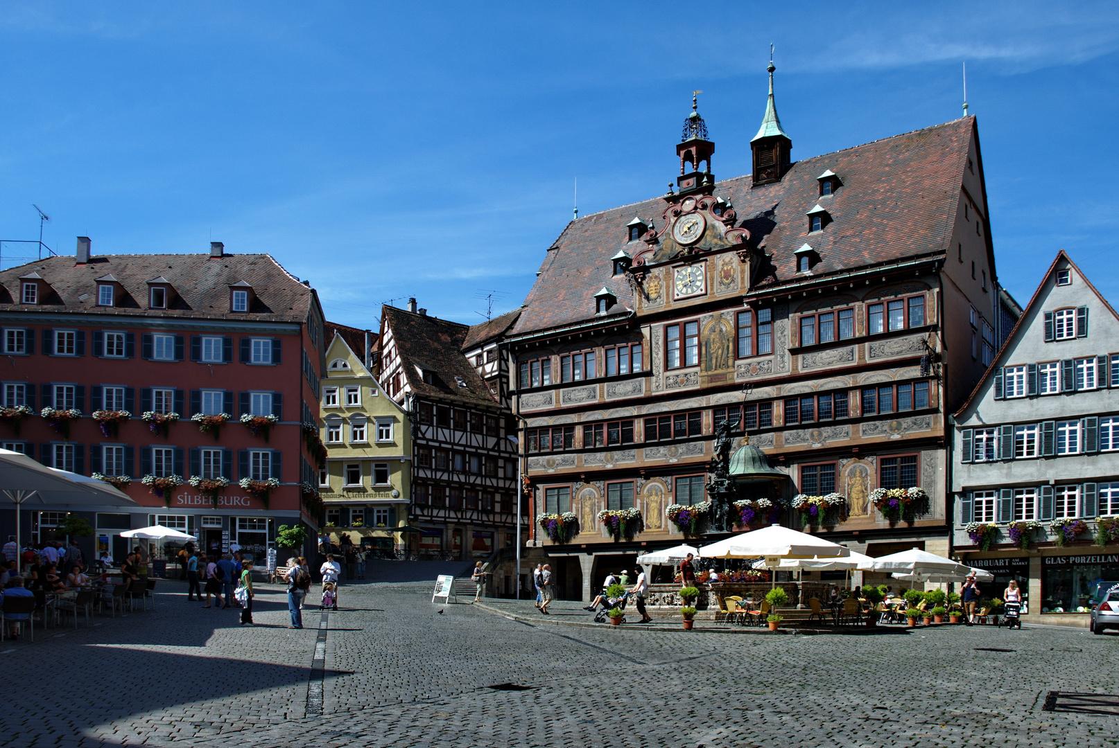 Tübingen, Marktplatz mit Rathaus