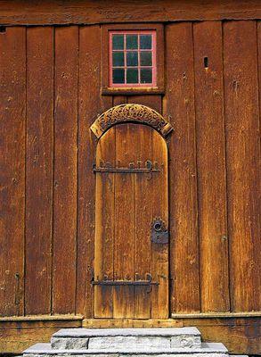 Tür einer Stabskirche