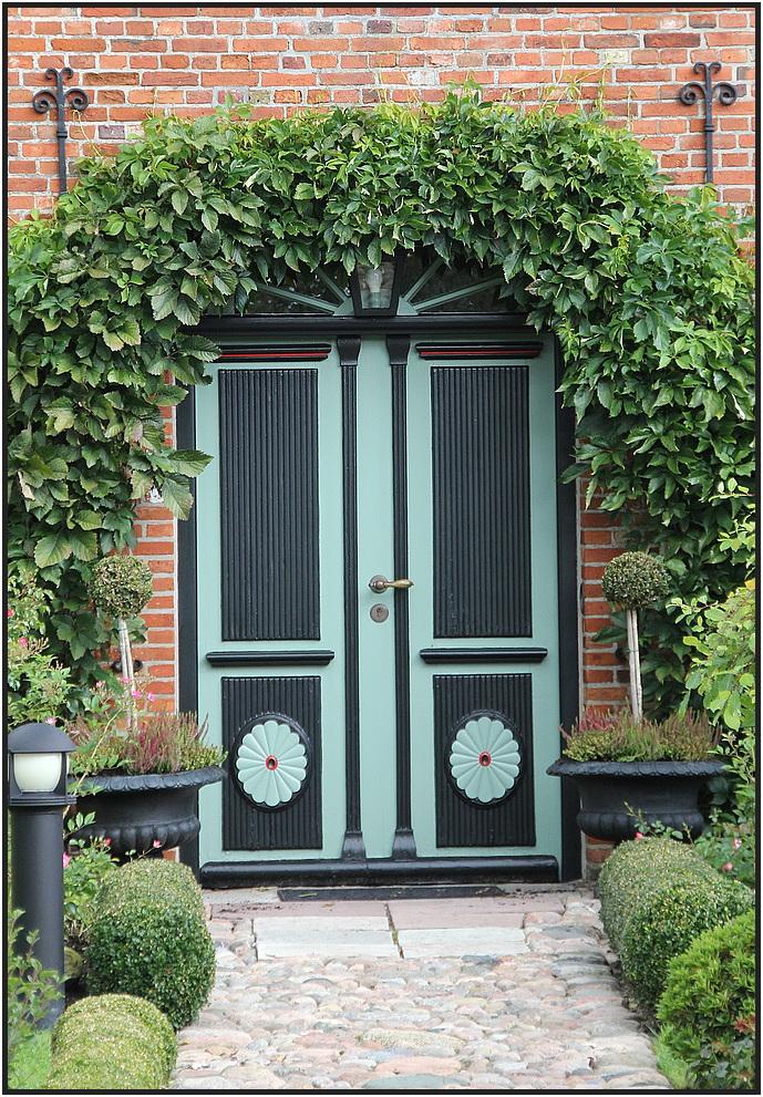 --- Tür N° 3 ---