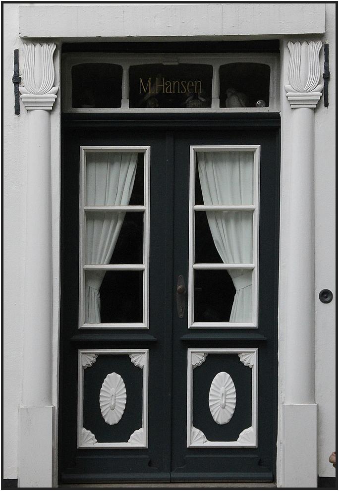 --- Tür N° 4 ---