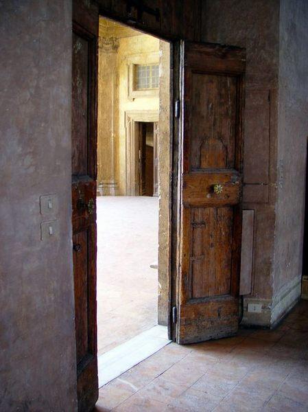 Türe in der Villa Medici