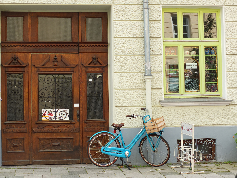 Türkises Fahrrad in Haidhausen