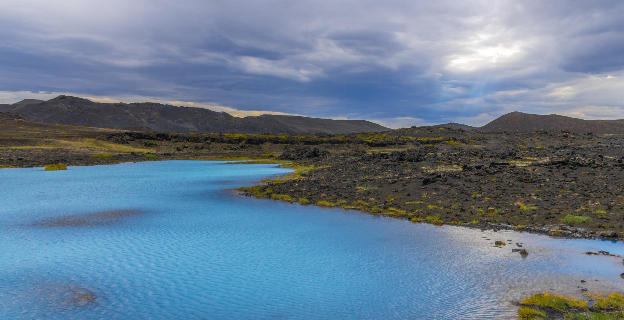 Türkisfarbene Mineralquellen am Hverfjall, Mývatn
