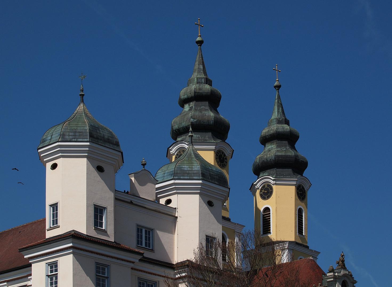 Türme der Klosterkirche Rot an der Rot