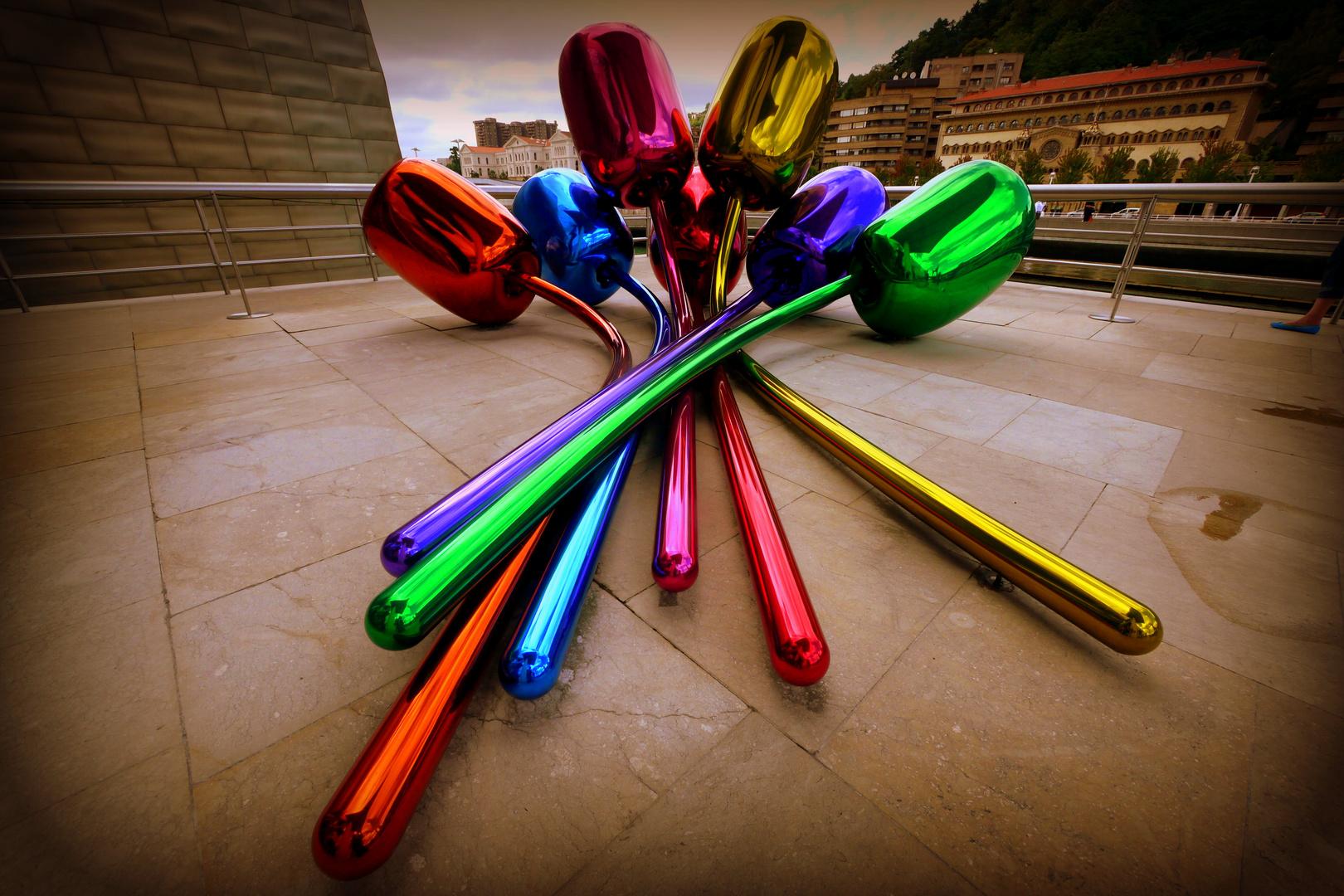 """Tulips"" im Guggenheim-Museum von Jeff Koons, Bilbao"