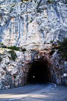 Túnel hacia embalse de Cuber, Mallorca